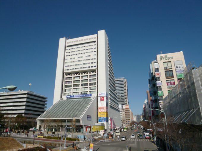 中野サンプラザ(晴天)